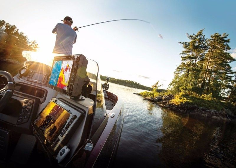 HUMMINBIRD® INTRODUCES NEW SOLIX™ SERIES WITH EXCLUSIVE
